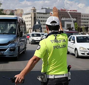 Samsun'da Kovid-19 ve asayiş denetimlerinde ceza yağdı