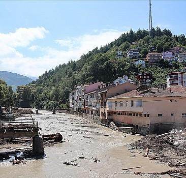 Sel felaketinde ölü sayısı 81'e yükseldi