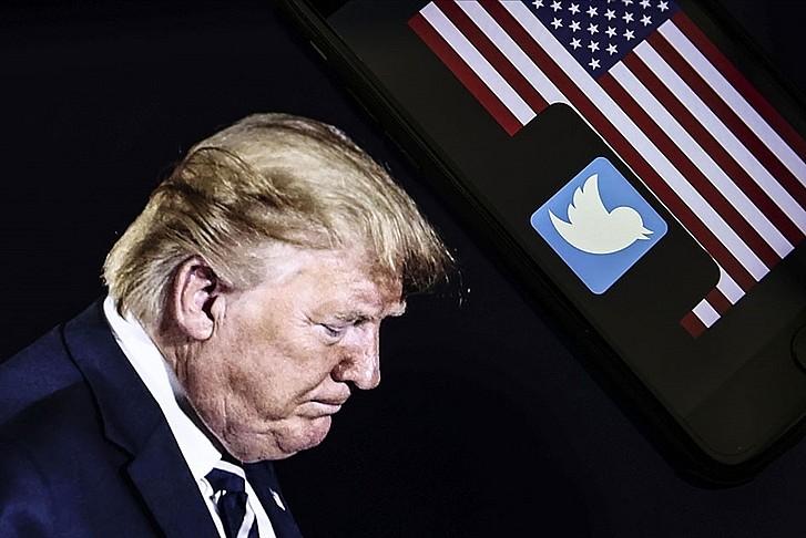 Twitter'ın yasağı Trump'a pes ettirdi