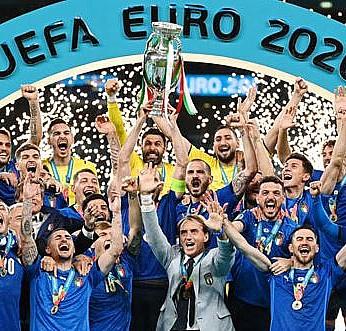 EURO 2020 kupası sahibini buldu!