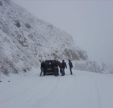 132 köy yolu ulaşıma kapandı