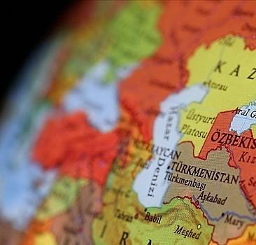 Özbekistan'ın resmi dili Türkçe oldu