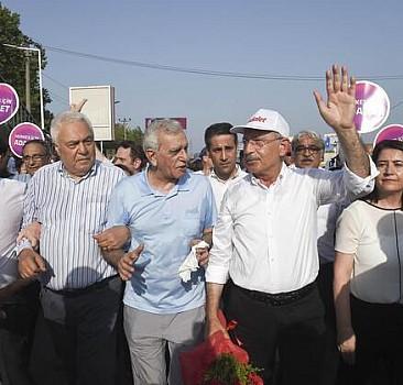 'Suikast' iddiasında bulunan Kılıçdaroğlu FETÖ'ye de göz kırpıyor