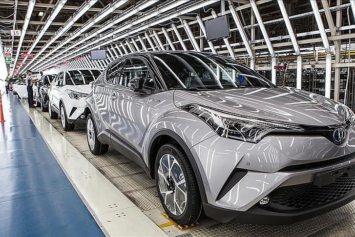 Çip krizinden dolayı Toyota üretimi düşürecek