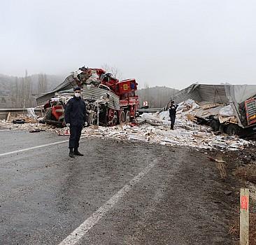 Yozgat'ta zincirleme trafik kazası: 3 ölü, 2 yaralı