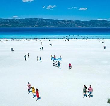 Salda Gölü çevresine yeni düzenleme