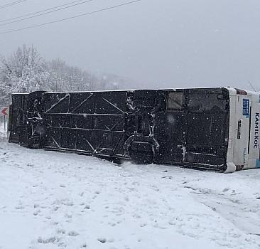 Zonguldak'ta yolcu otobüsü devrildi: Yaralılar var