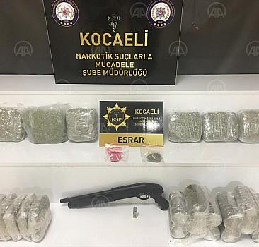 Kocaeli'de uyuşturucu operasyonu: 5 gözaltı