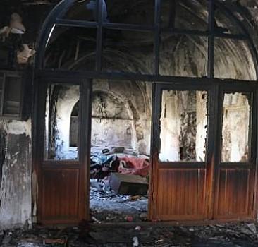 Siirt'te tarihi camide yangın