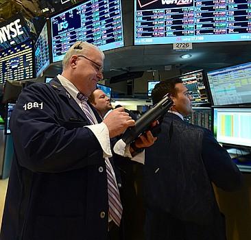 Küresel piyasalar enflasyon endişesiyle sert düştü