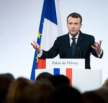 Cezayir Alimler Birliği Başkanından Macron'a tokat gibi sözler