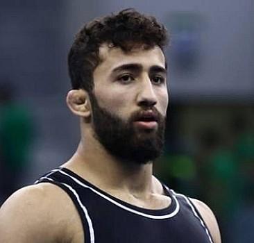 Milli güreşçi gümüş madalya kazandı