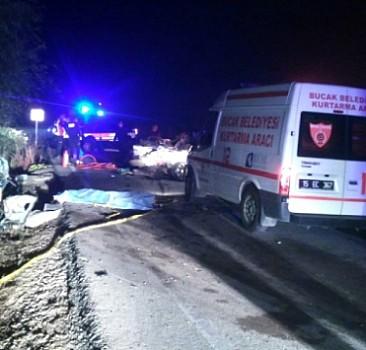 Burdur'da feci kaza! Ölü ve yaralılar var