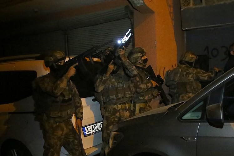 Zehir tacirlerine operasyon: Gözaltılar var