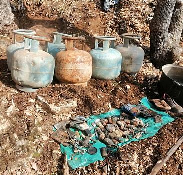 Teröristlere ait gıda ve yaşam malzemeleri ele geçirildi