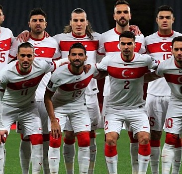 İtalya-Türkiye maçının muhtemel 11'leri