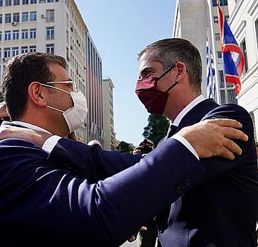 İmamoğlu, Yunan Başkanı ile bir araya geldi