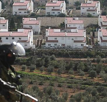 Terör devleti İsrail, Filistinlilere ait araziye el konulmasına onay verdi