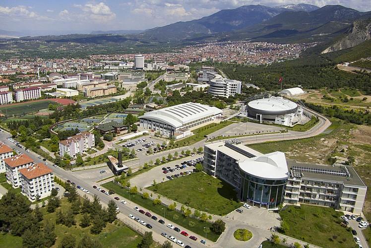 Pamukkale Üniversitesi 6 öğretim görevlisi alıyor