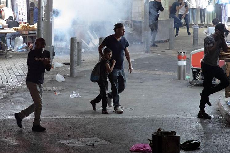 İşgalci İsrail yine ses  bombasıyla saldırıdı