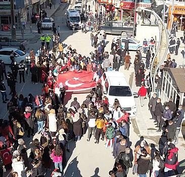 Hakkarili kadınlardan Diyarbakır annelerine destek