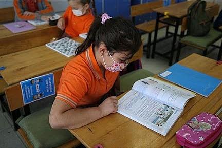 MEB okulları yardımcı kaynaklar konusunda uyardı