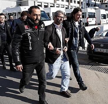 Yıldız Teknik Üniversiteli 14 akademisyen tutuklandı