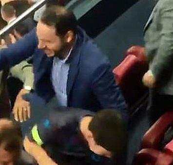 Trabzonspor''un son saniye golüne Berat Albayrak böyle sevindi