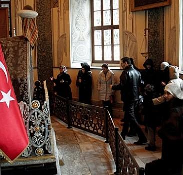 Osmanlı padişahlarının türbelerine ziyaretçi akını