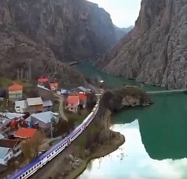 Doğu Ekspresi, Erzincan İliç''ten Geçerken